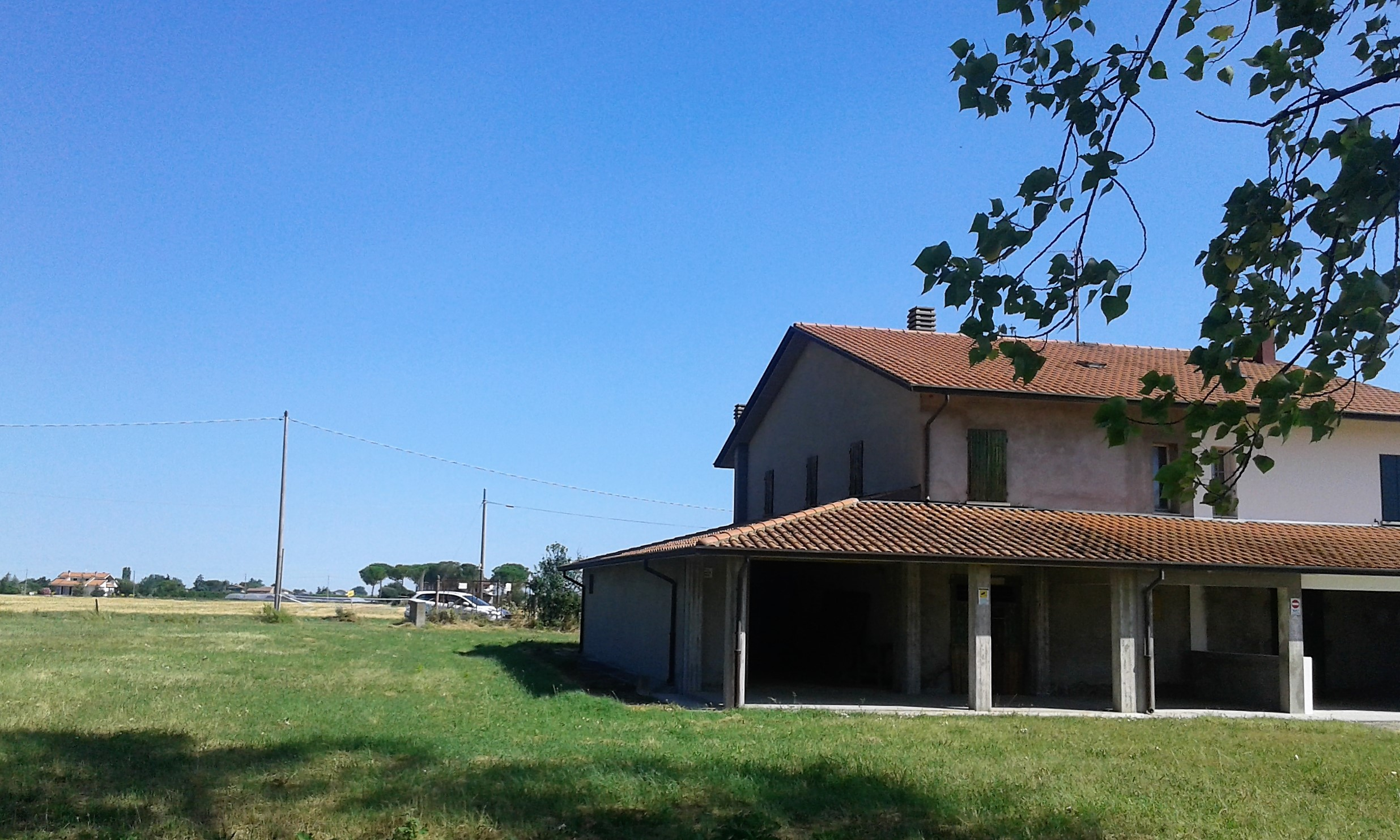 V-1005 – Macerone: casa abbinata ad un lato con terreno