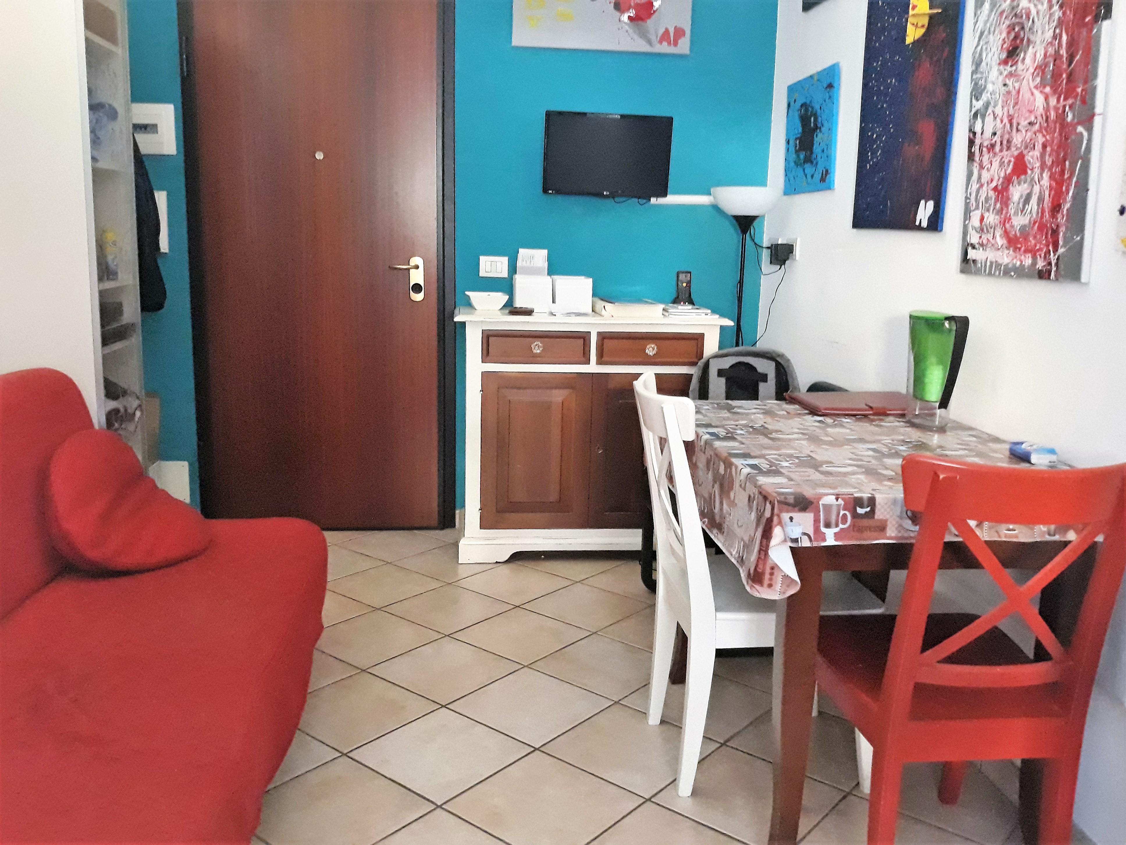 V-1045 – Centrale- grazioso appartamentino arredato € 89 mila