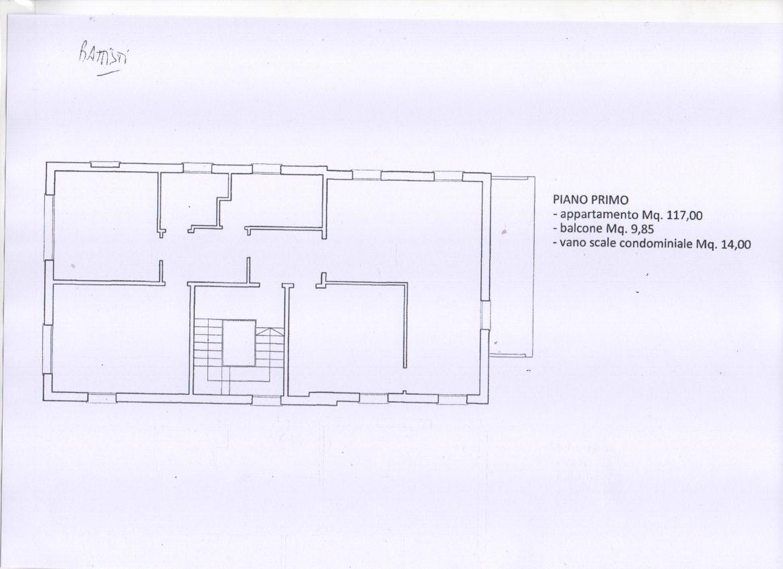 V-1087 – Centrale: casa singola su 4 livelli di mq. 400 complessivi
