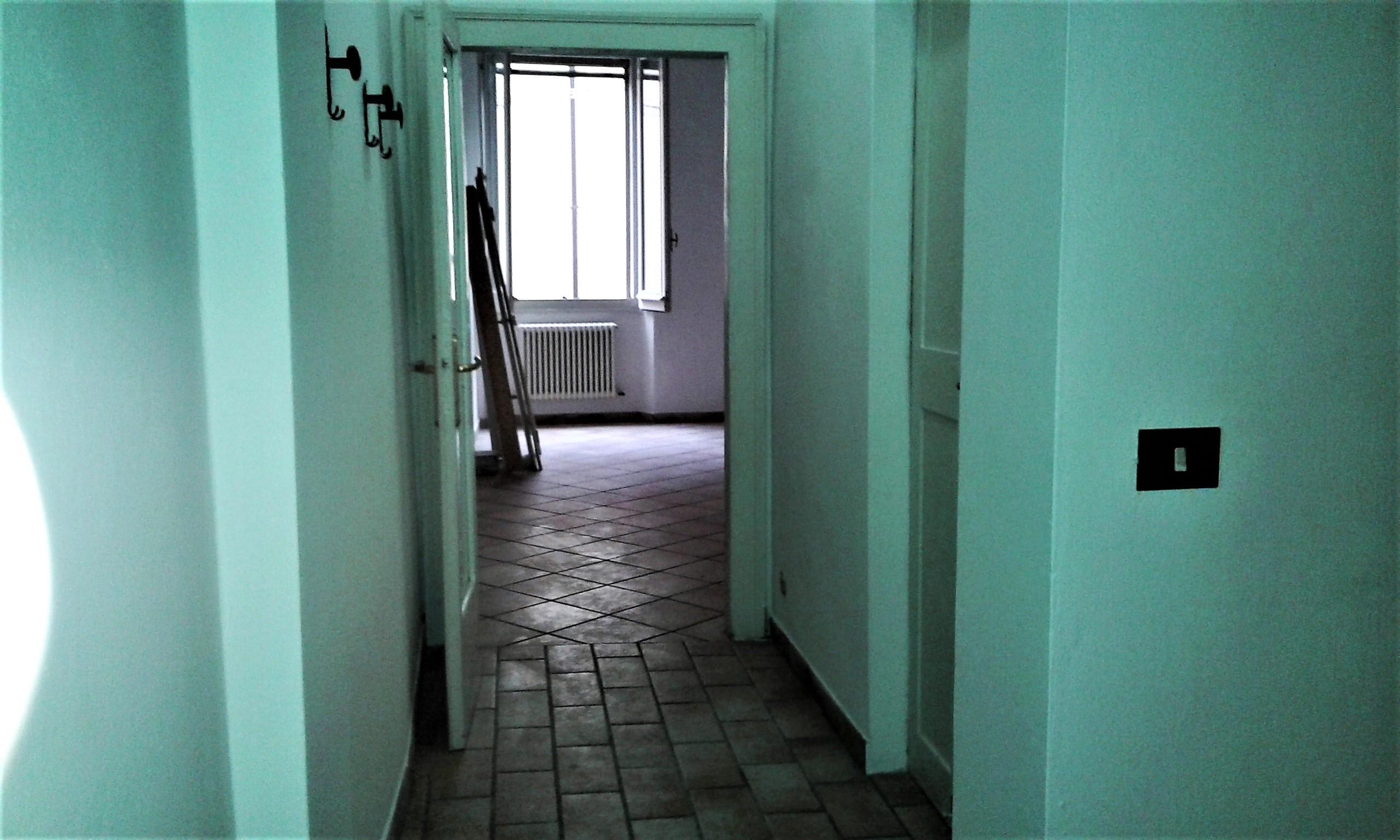 A-2039 – Centro storico- appartamento con 2 c.letto